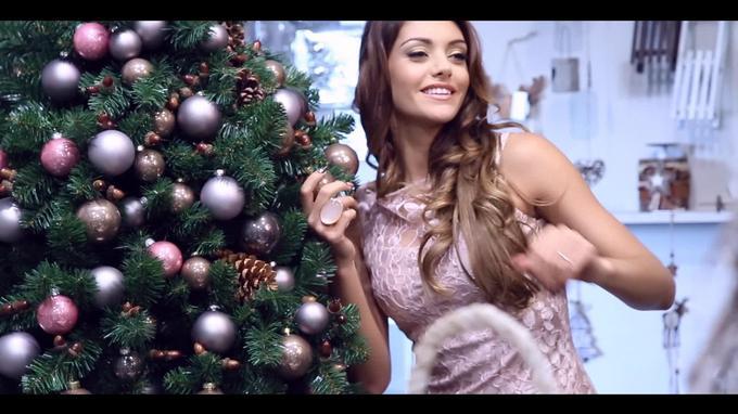 Crystal Karácsony