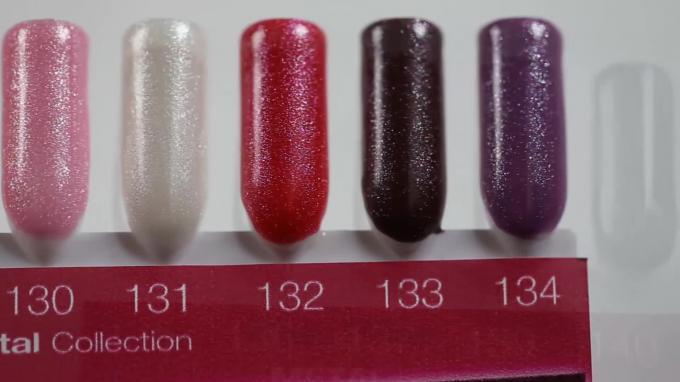 Színes zselék palettán - Crystal Nails