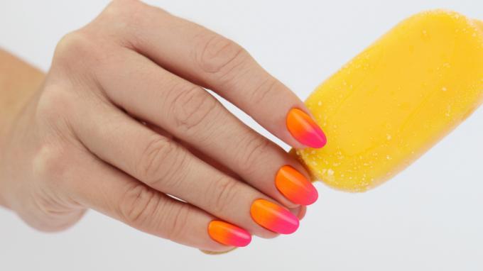 Színátmenet neon pigmentporból